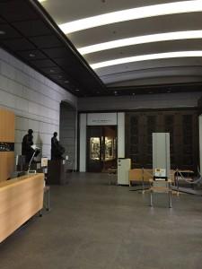 東京証券取引所入口