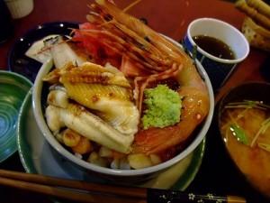 http://blog-imgs-38-origin.fc2.com/m/e/t/metabow/yonehana_04.jpg