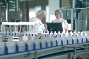 http://www.pharmaceutical-int.com/upload/image_files/Pharmaceutical-Contract-Manufacturing-1b.jpg