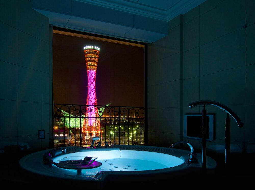 バスルームからの神戸の夜景