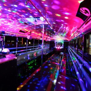 HUMMER PARTY BUS内観