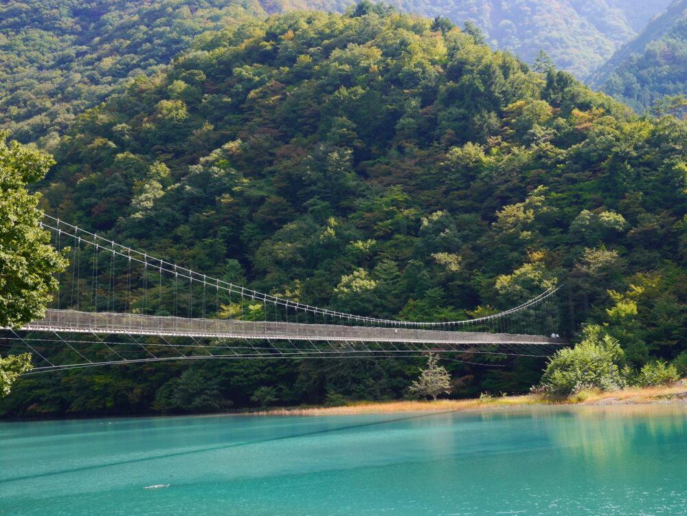 雨畑湖と吊り橋 pixta_25664957_M