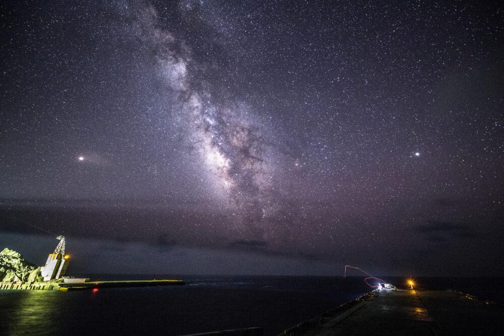 pixta_42813319_M 青ヶ島夜景