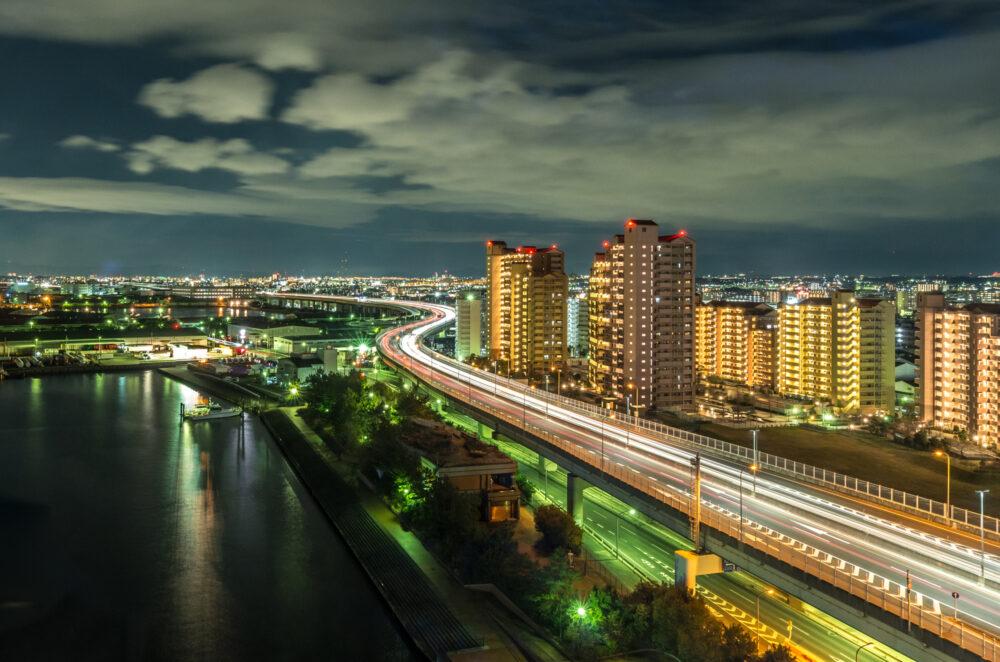 pixta_37420657_M 泉大津PAからの夜景