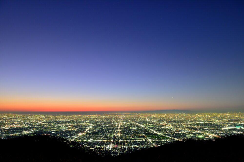 pixta_60565411_M 生駒山からの夜景