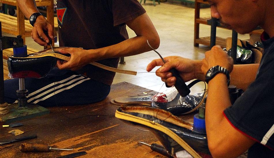 革靴の製造工程の画像