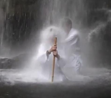 湘南滝行の会 夕日の滝