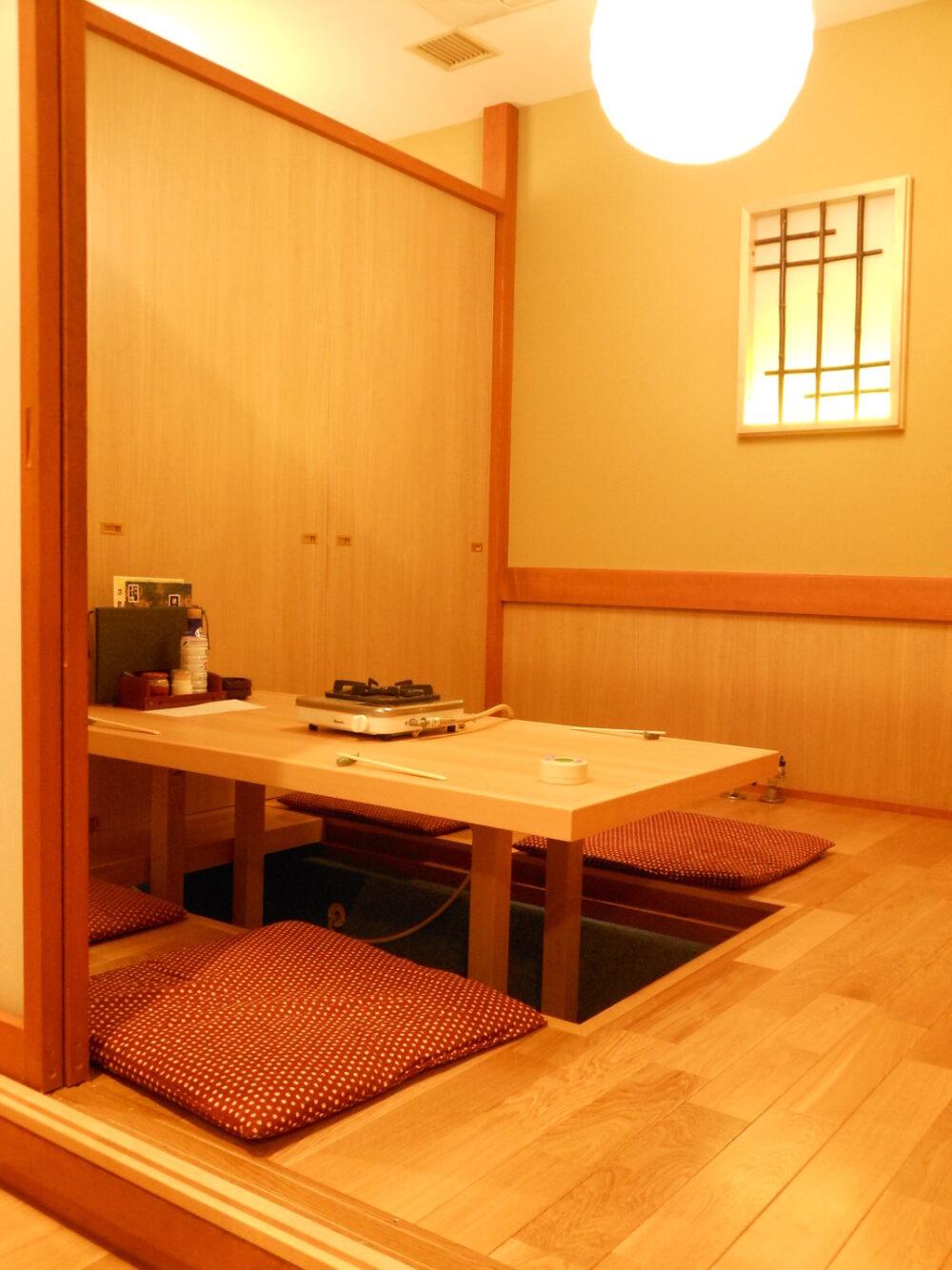 ふく竹 本店 (なべどころふくたけ) 店内個室