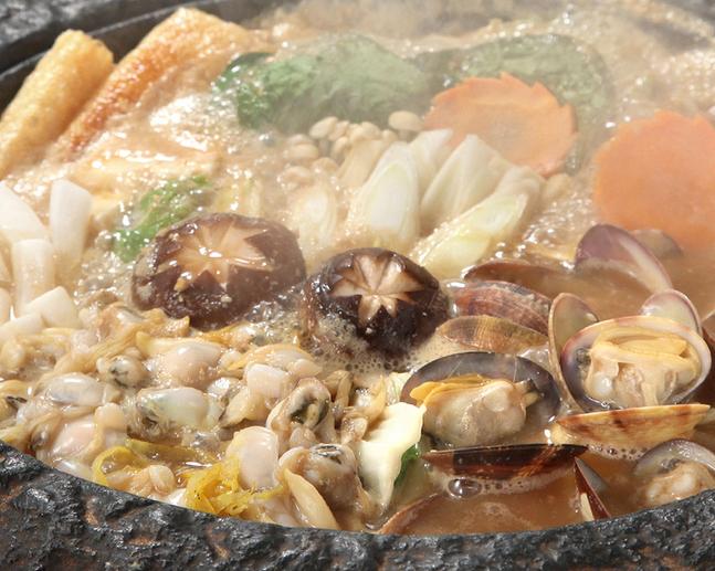 亀戸升本 (かめいど ますもと) 亀戸大根あさり鍋