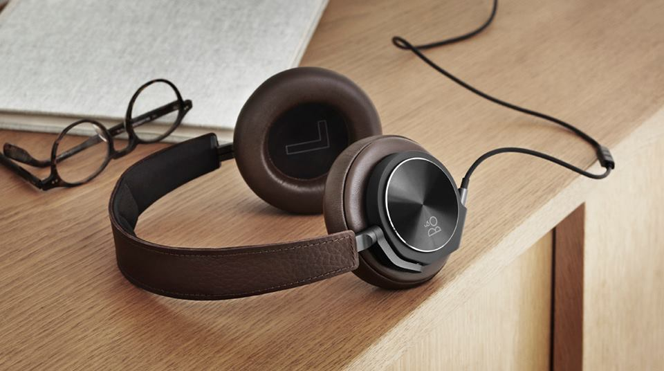 http://stores.bang-olufsen.com