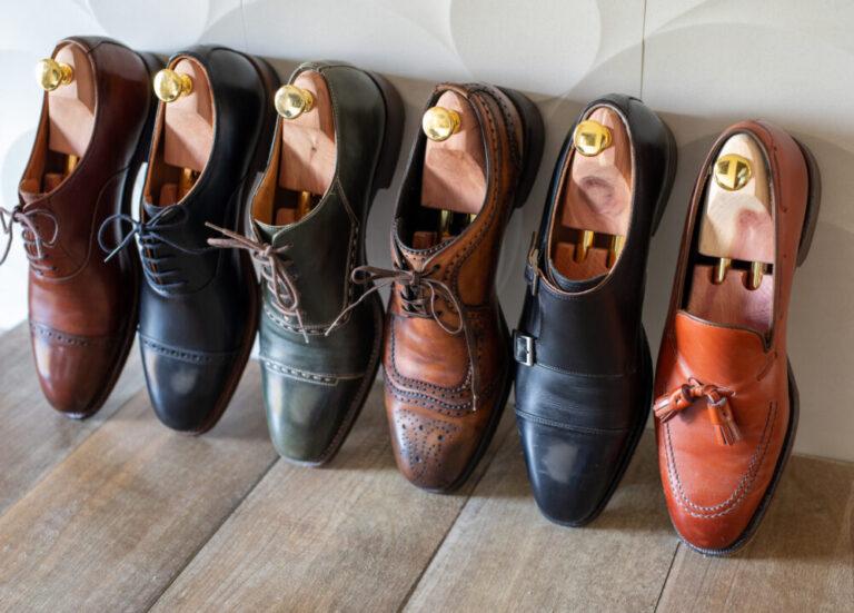 pixta_78469562_M カラフルな革靴の写真