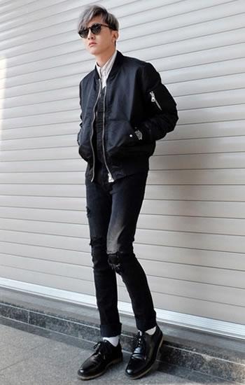 黒パンツ&デニムコーデ (3)