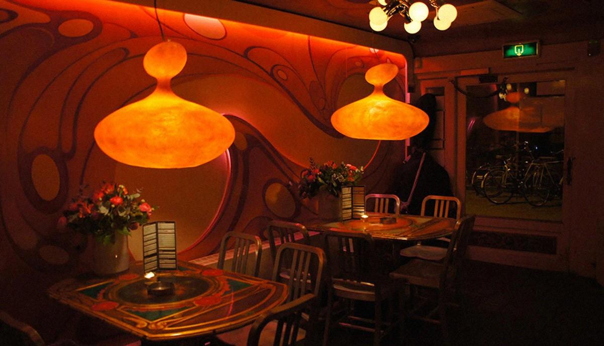 アムステルダムのコーヒーショップ (4)