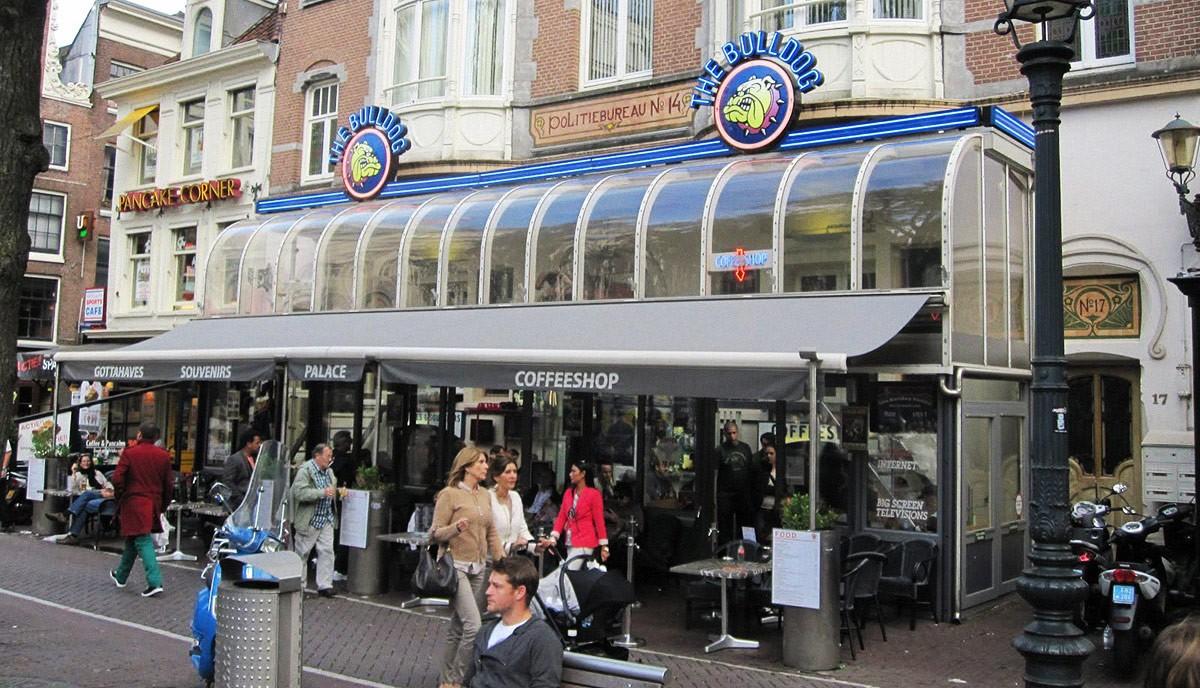 アムステルダムのコーヒーショップ (7)