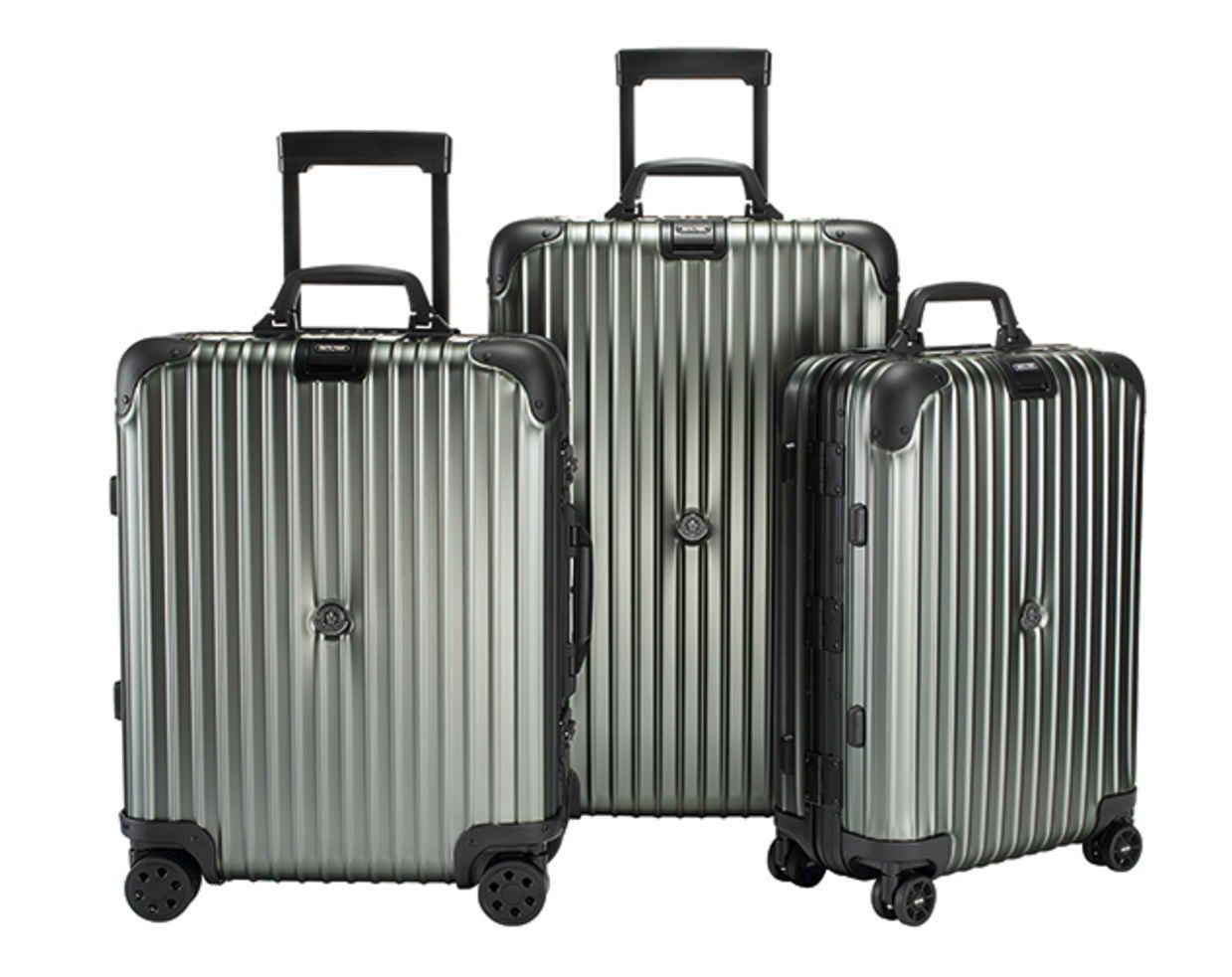 リモワ×モンクレールスーツケース