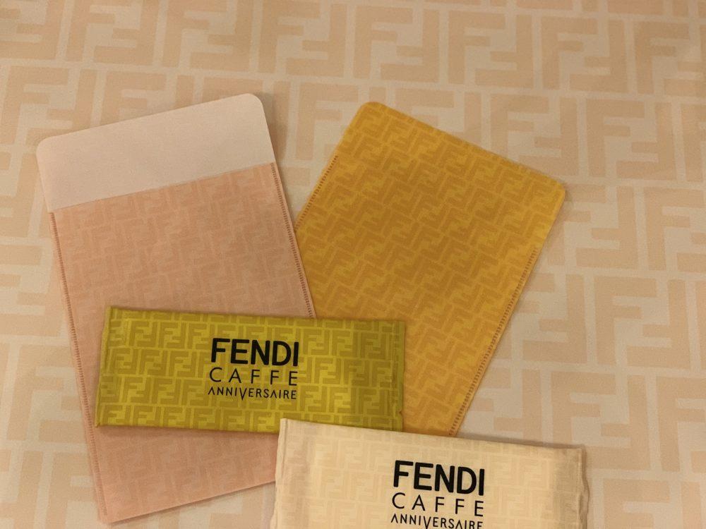 アニフェルセルコラボカフェ(FENDI)2 マスクケース・おしぼり